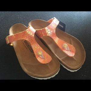 Brand-new Birkenstock Gizeh sandals
